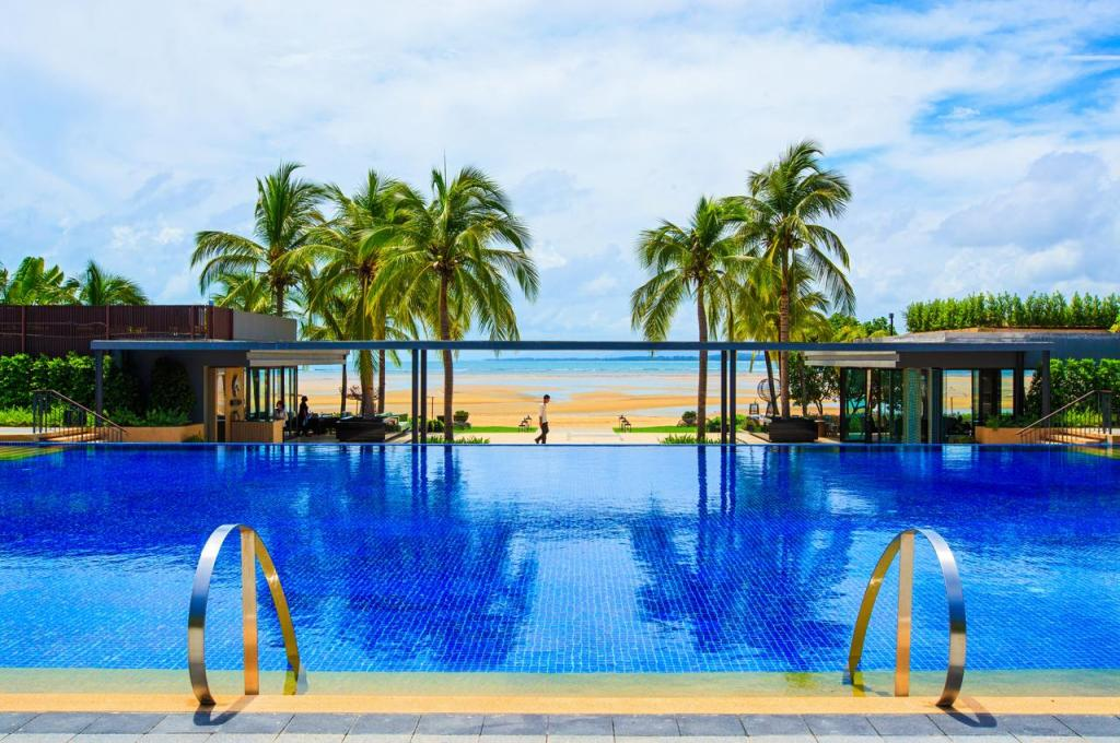 Phuket Marriott Resort & Spa Naiyang Beach
