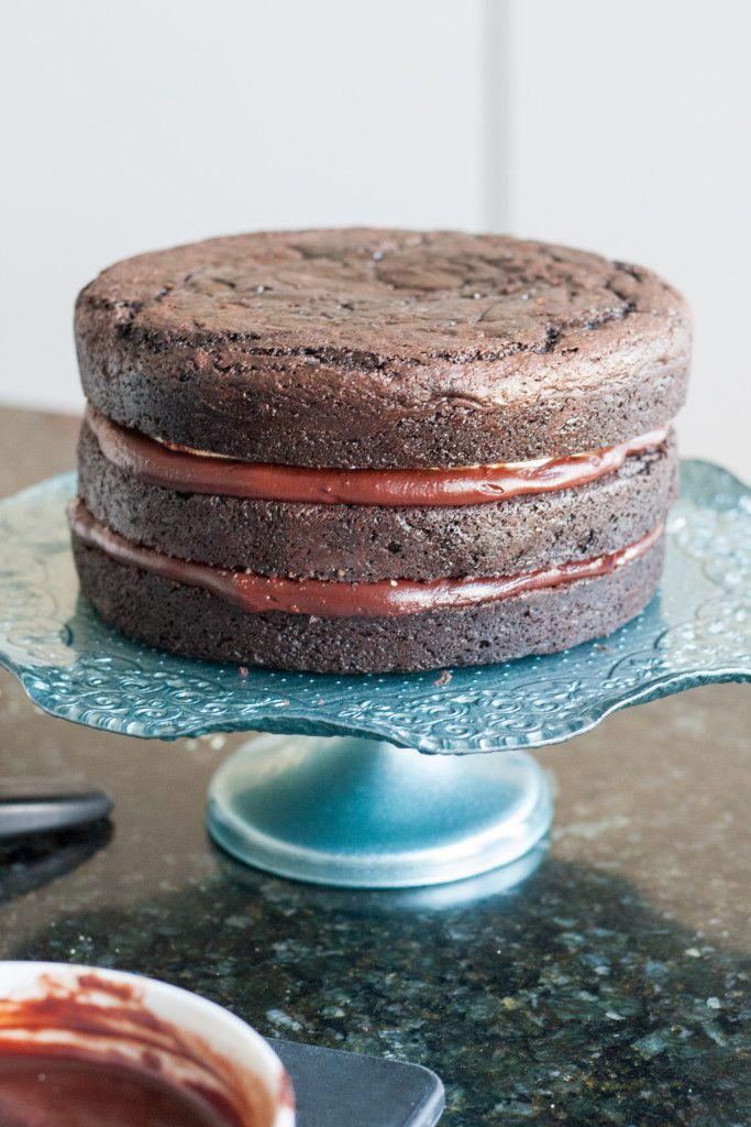 "Торт ""Сникерс"" - пошаговый рецепт в домашних условиях"