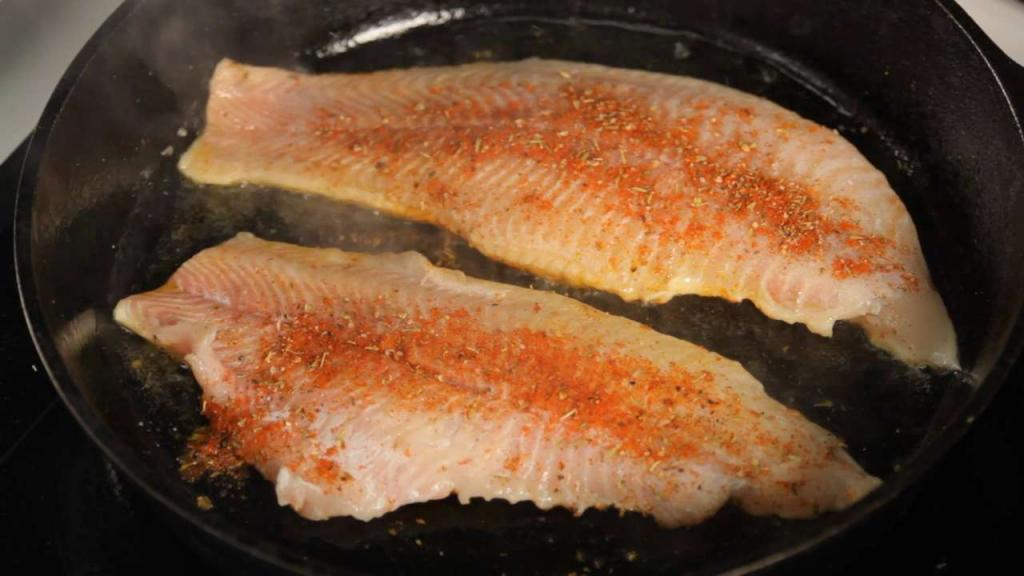Fish in the oven with a crust - recipe