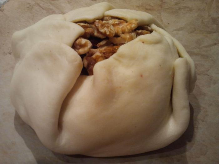 Пирожки из слоеного теста с мясом  пошаговый рецепт с