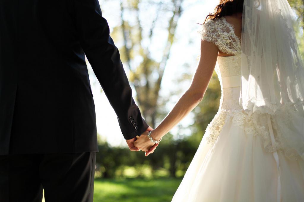 картинки он и она в свадебном платье это европа тамслучайно