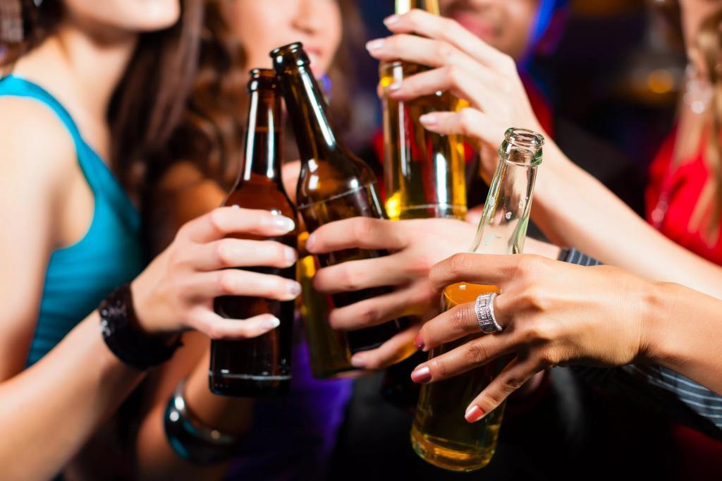 """Можно ли принимать """"Феназепам"""" с алкоголем: последствия совместного приема. Формы выпуска, дозировка и инструкция по применению """"Феназепама"""""""