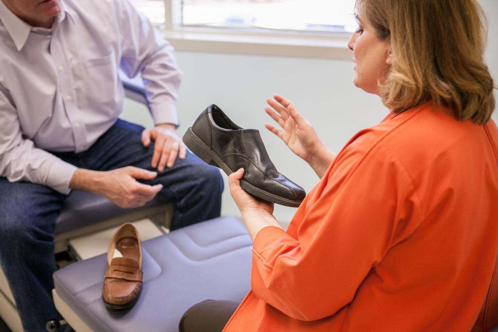 Как вылечить боль в стопе и пятке?