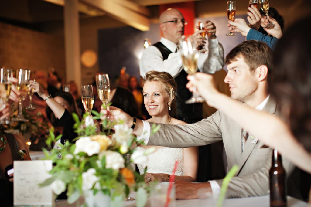 Поздравления тосты на свадьбу от свидетеля