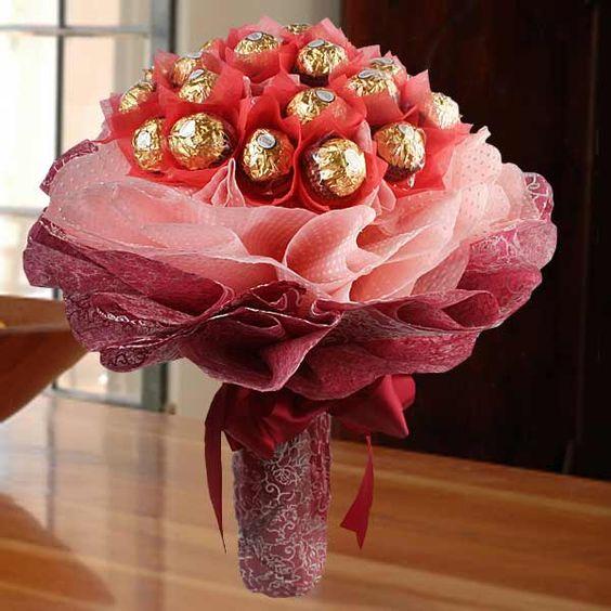 Невесты розы, подарок на день рождения букетики