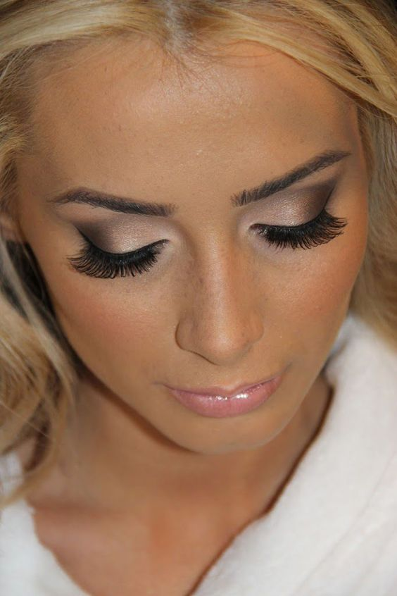 makeup for blondes with brown eyes