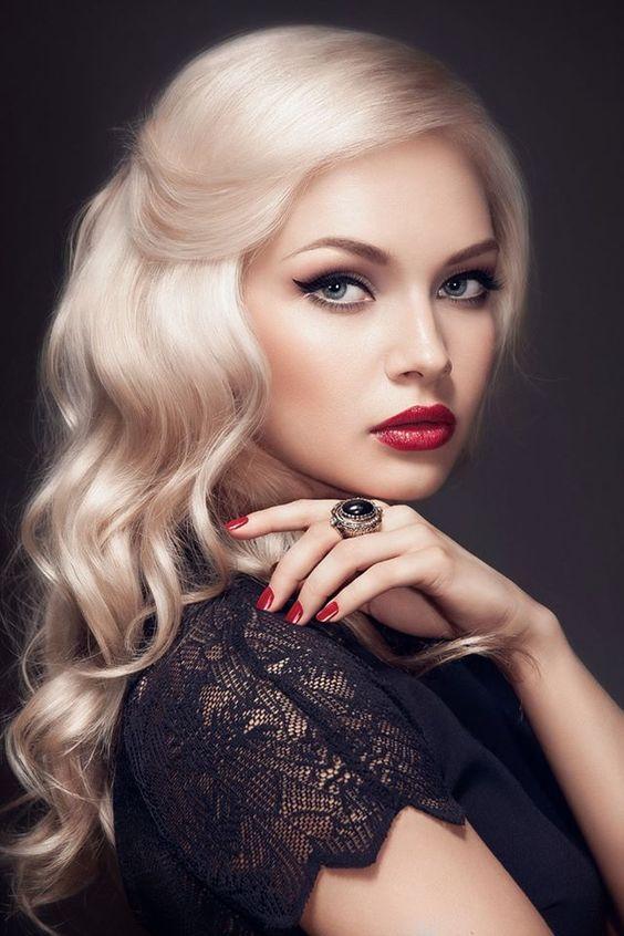 makeup for blondes