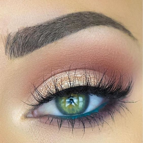 makeup for green-eyed blondes