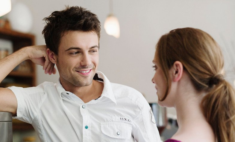 Как понять что ты нравишься мужчине  признаки