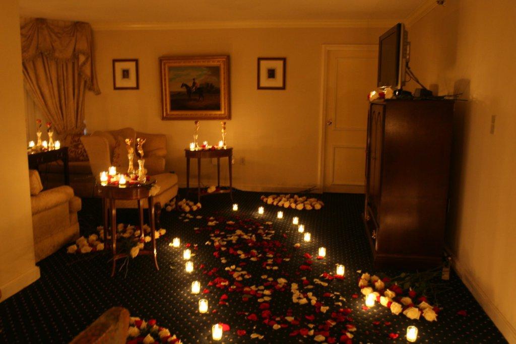 изготавливаются фото спальни при свечах эффективными