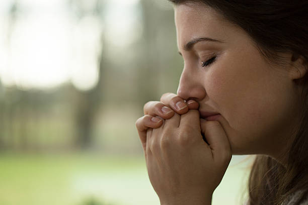 почему женщины плачут без причины