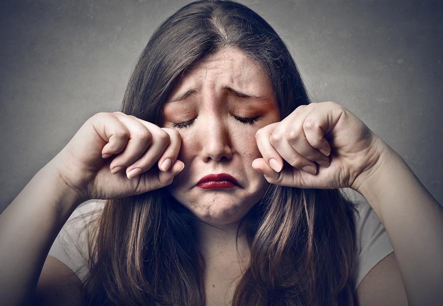 почему женщина часто плачет