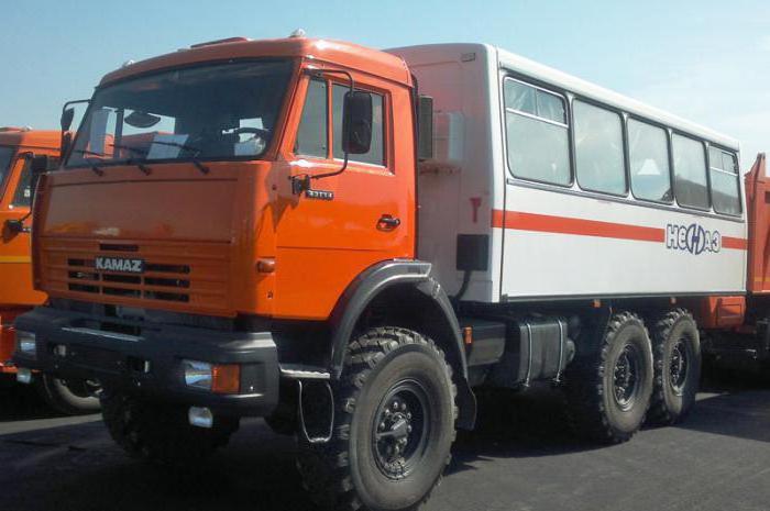 НЕФАЗ-4208 - пассажирский вездеход