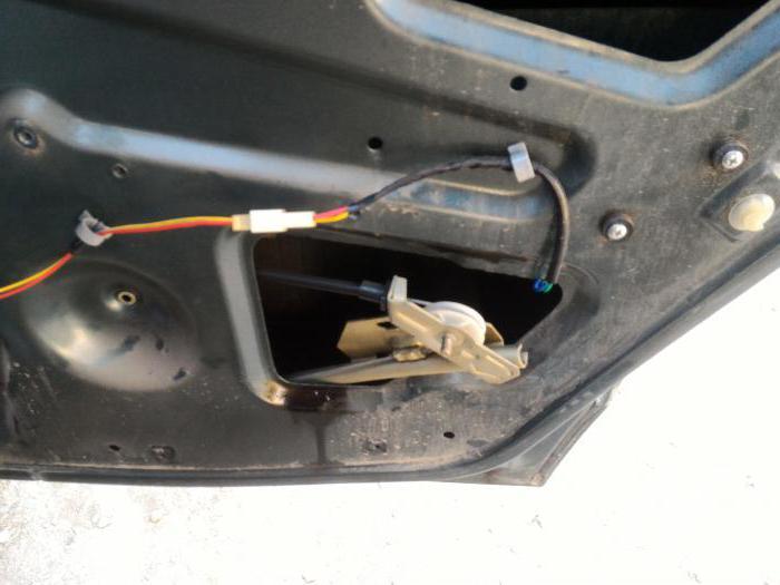 1984734 - Электростеклоподъемники подключение проводки правой двери