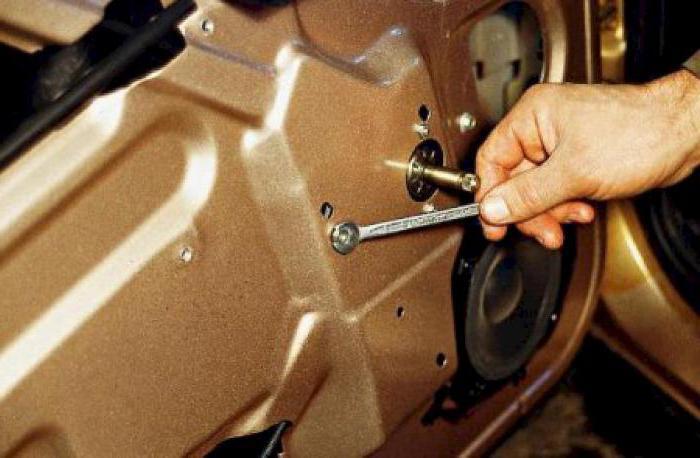 1984737 - Электростеклоподъемники подключение проводки правой двери