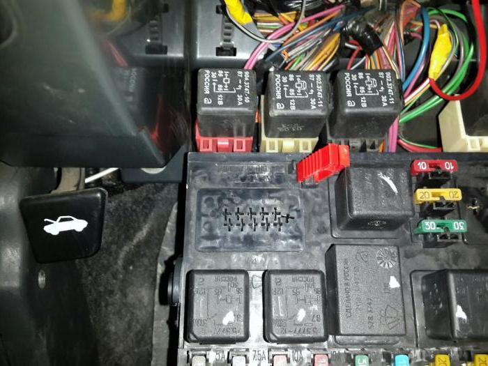 электросхема ВАЗ-2110 инжектор 8 клапанов бензонасоса