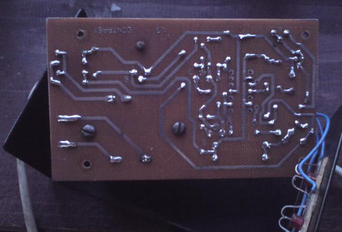 зарядное устройство на двух тиристорах