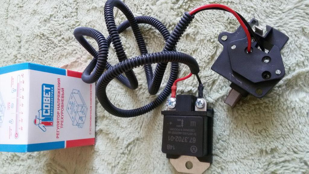 Реле зарядки ВАЗ-2107 карбюратор