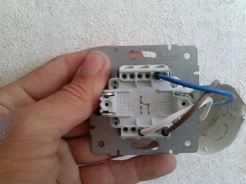 How to connect a passage switch as usual