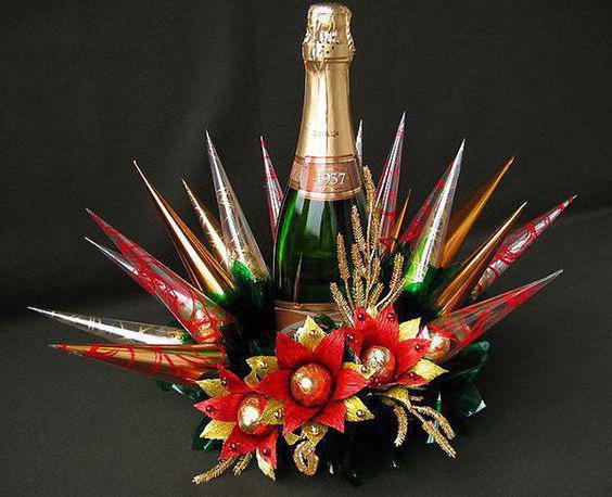 красиво украсить бутылку шампанского конфетами