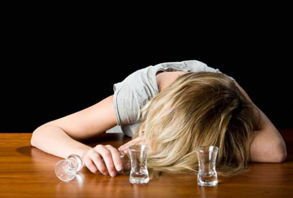 почему трясутся руки у алкоголиков