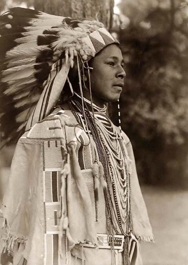 коренной индеец фото этим
