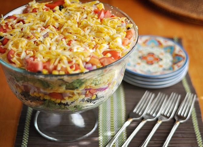Рецепты вкусных и простых слоеных салатов