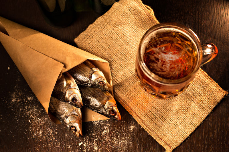 How to dry fish at home in the summer