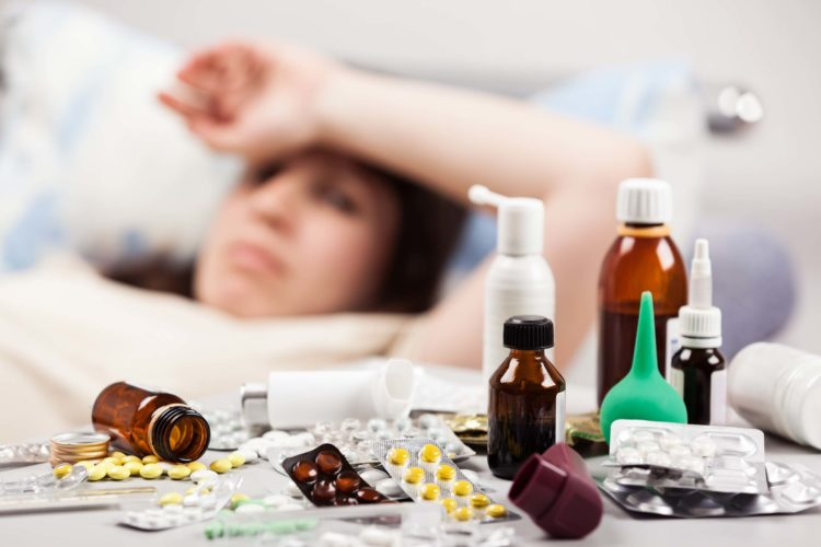 Язвенно-пленчатая ангина: причины, симптомы и лечение