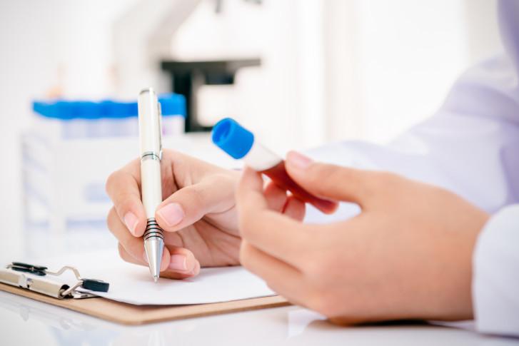 сколько делаются анализы крови в поликлинике