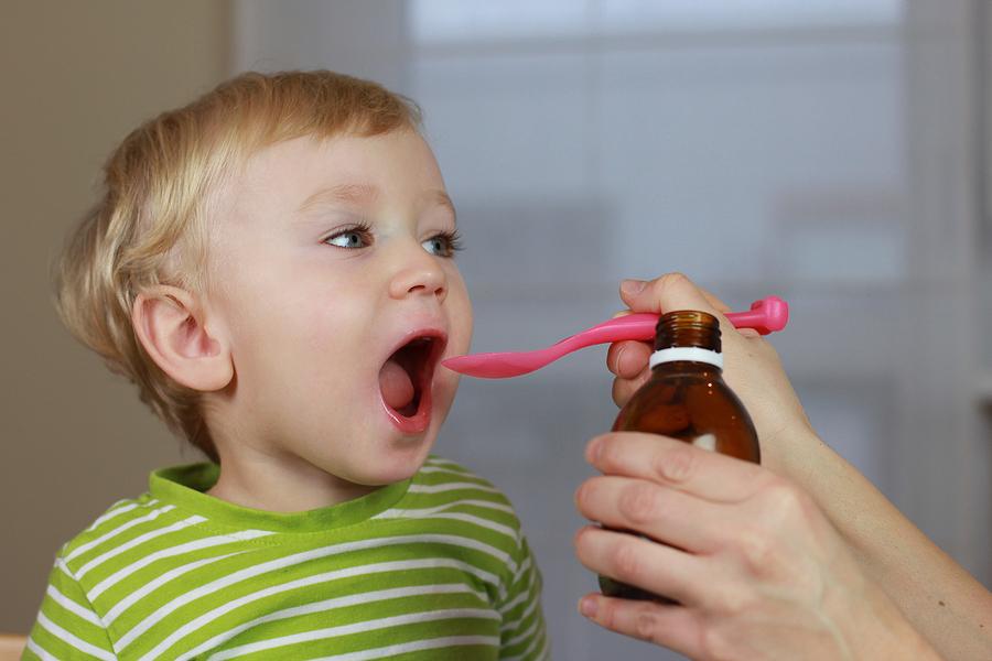 что дать новорожденному ребенку от запора
