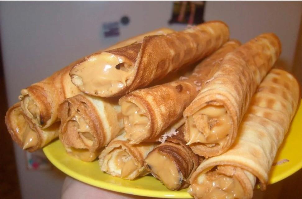 custard rolls