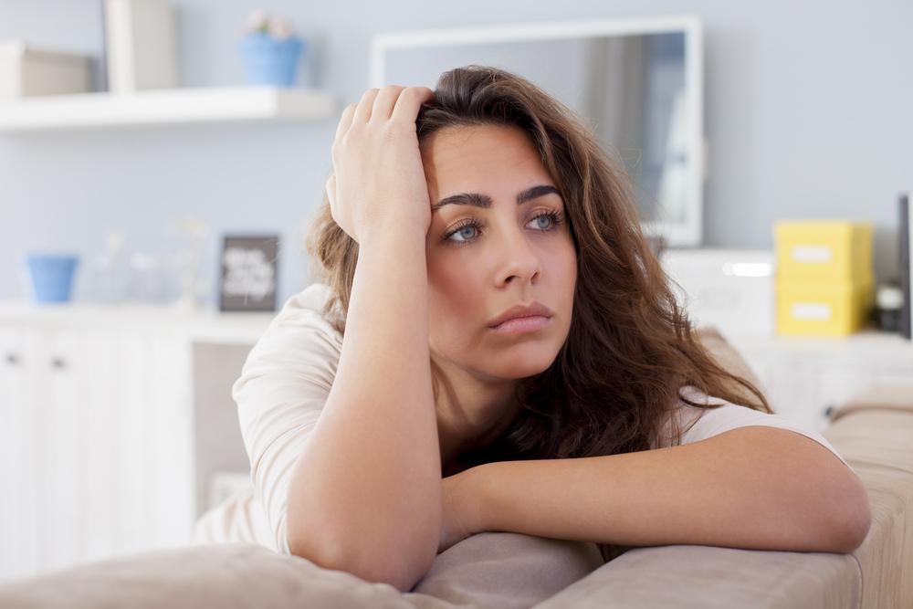 Картинка женщина расстроена