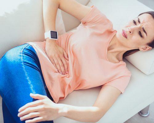 Спазм мышц живота: возможные причины, методы терапии