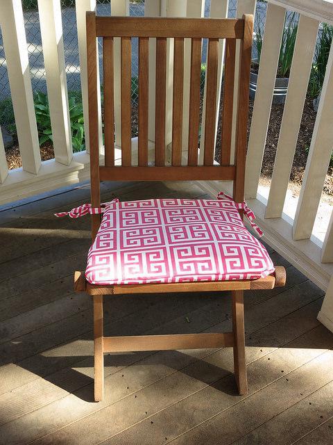 Подушки на стулья своими руками - интересная идея для домашнего декора!