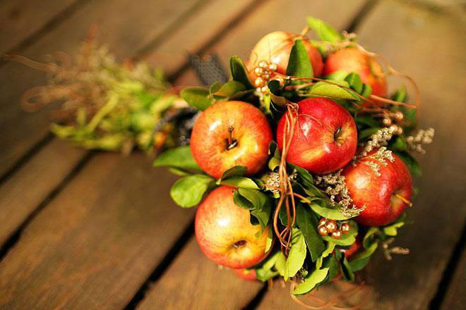 букет из яблок мастер класс