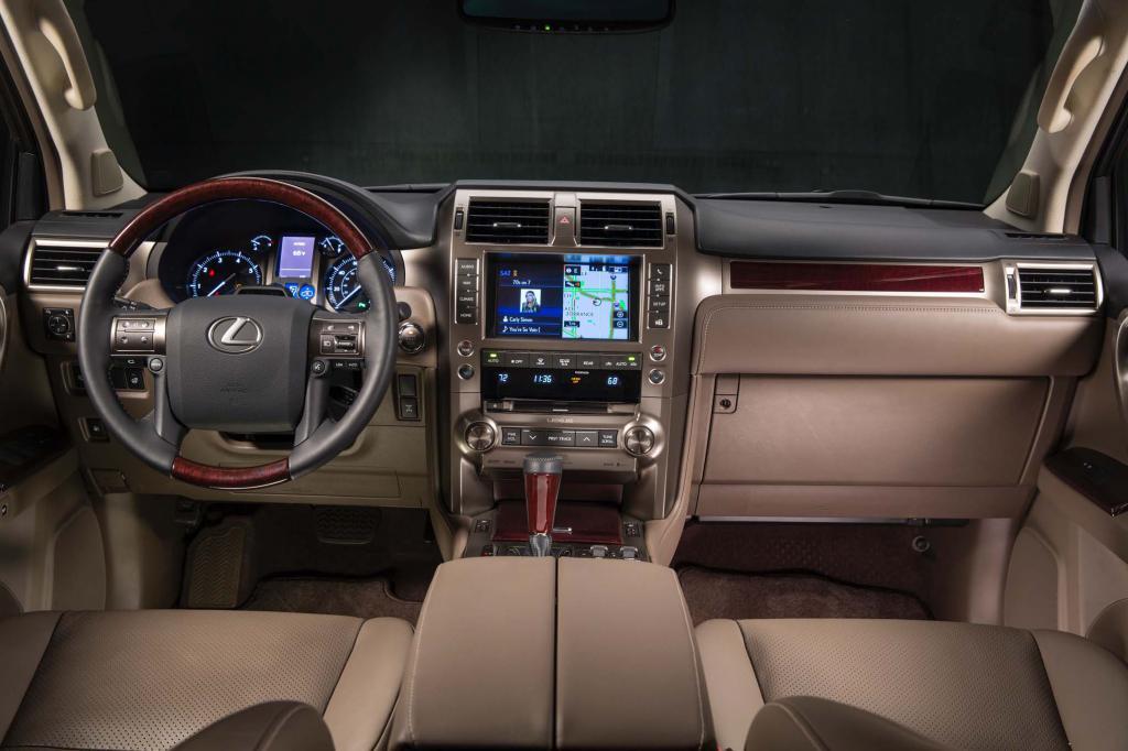 Салон Lexus GX460
