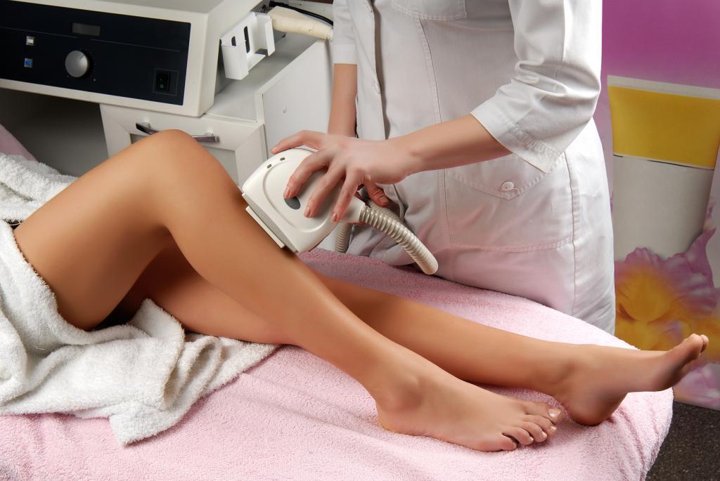 Лазерная эпиляция ног: отзывы, описание и особенности процедуры