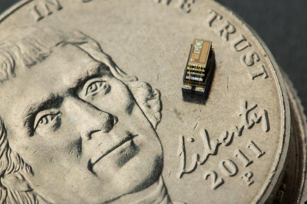 the smallest computer in the world michigan micro mote