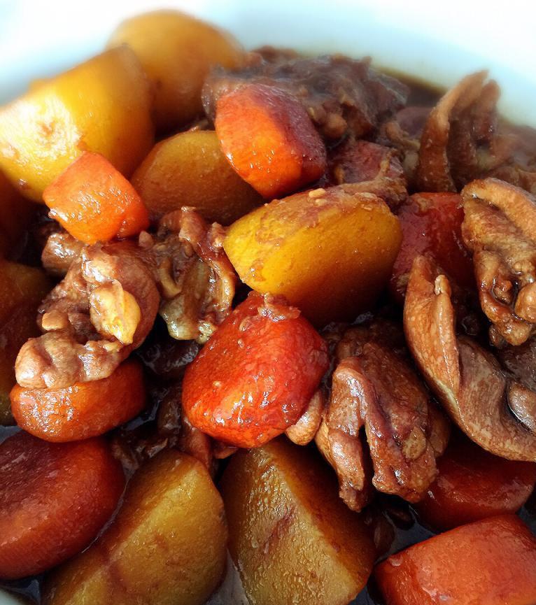 Тушенная картошка по-белорусски