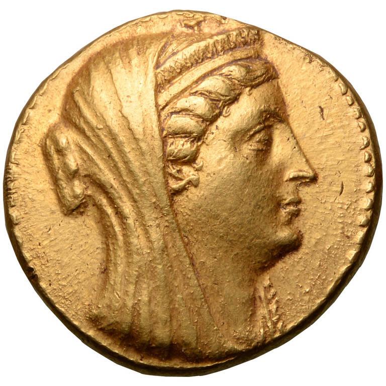 необыкновенная форма древние египетские монеты фото обладают плиторностью, все