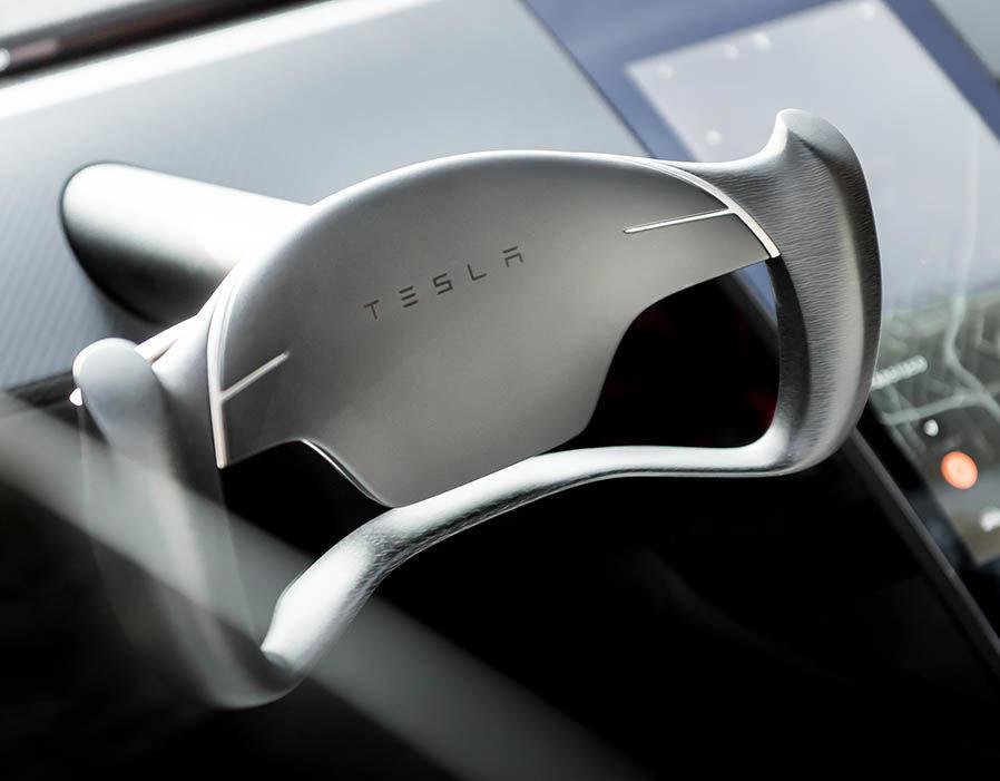 Руль в Tesla Roadster