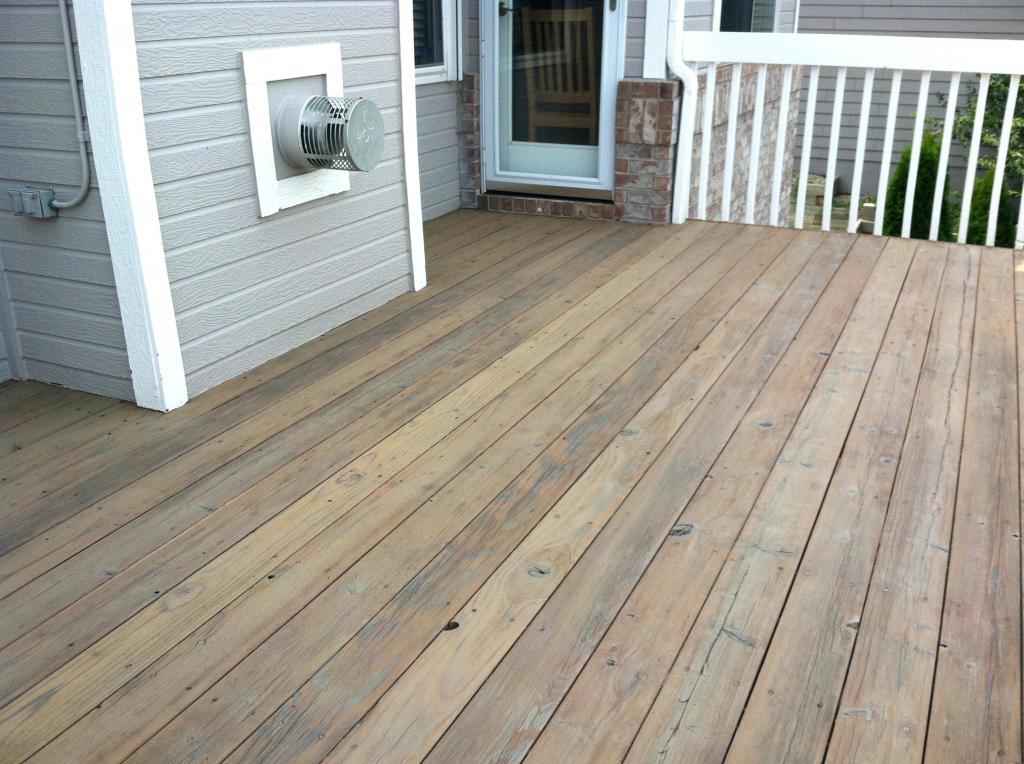 Flooring on the veranda