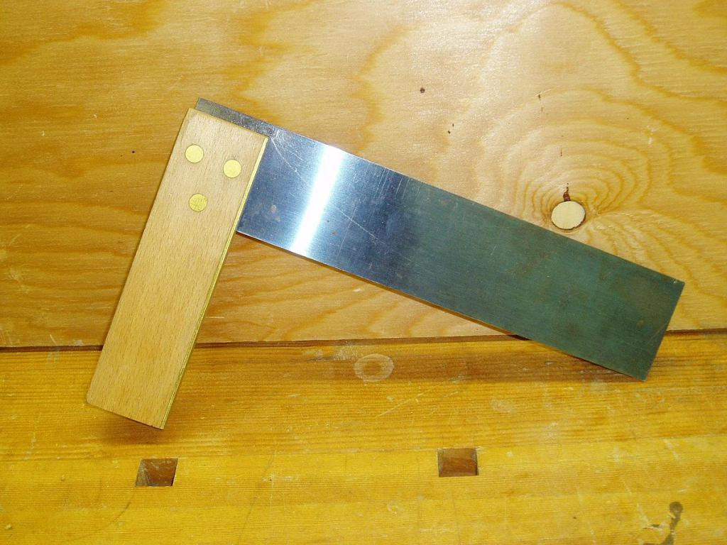 Square for the manufacture of a deck chair