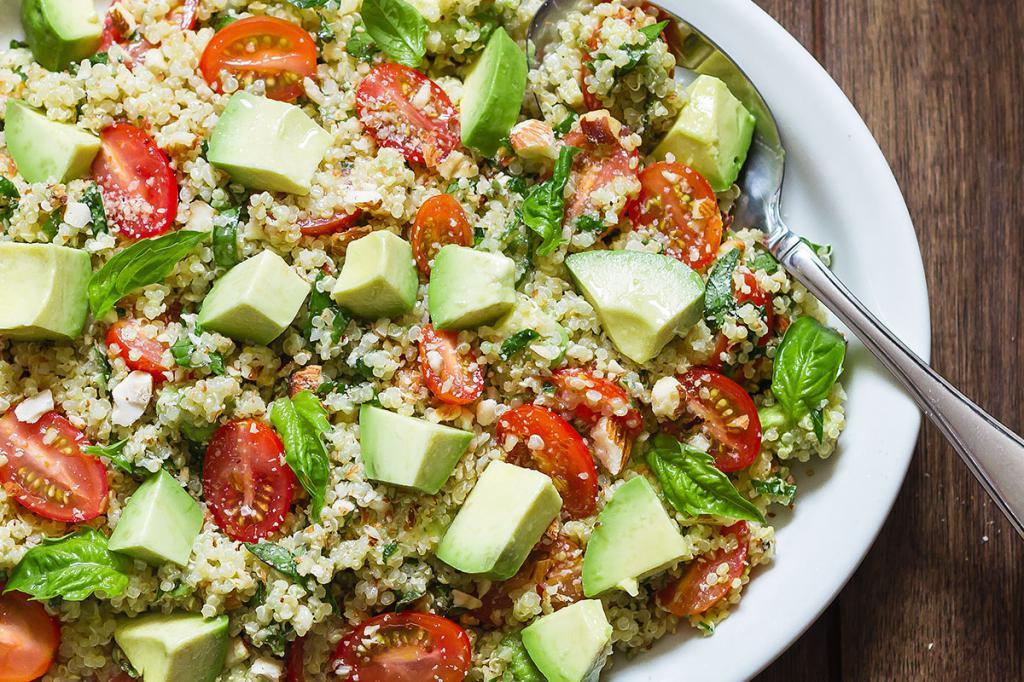 реалити-шоу салаты из авокадо рецепты с фото простые него