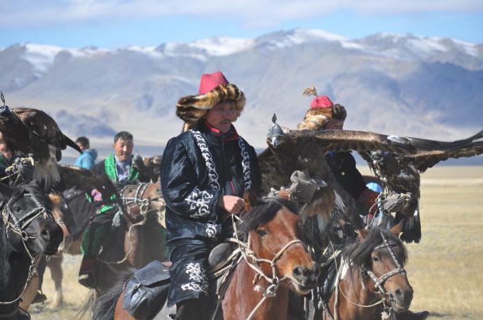 казахский национальный костюм фото для мальчиков