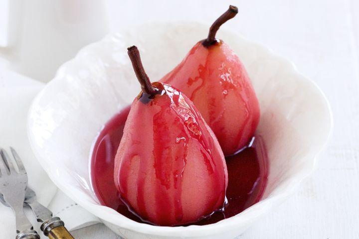 груши в малиновом сиропе