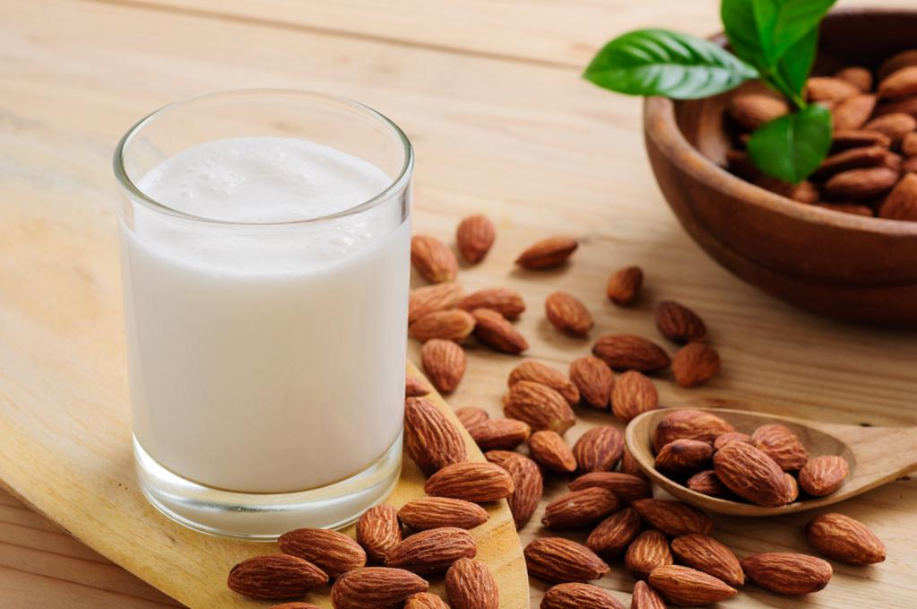 the benefits and taste of almonds