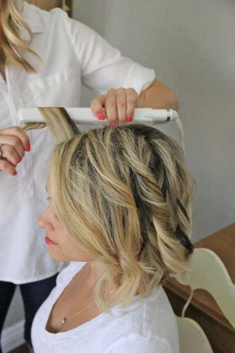 как делать локоны утюжком на средние волосы