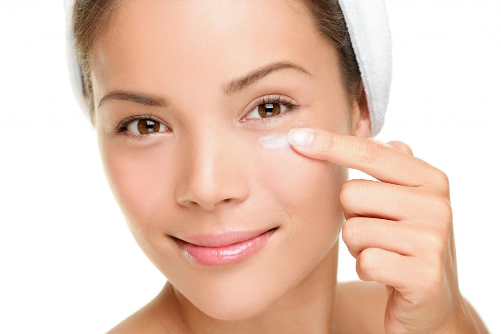 Ointment from dark circles under the eyes